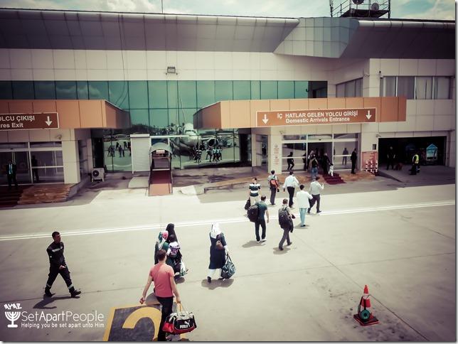 02.Airport at Van