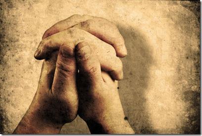 hands prayer yom kippur -med
